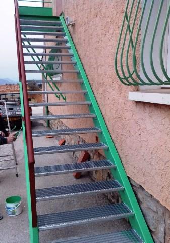 escalier-metal-exterieur-ferronnerie-durand-hyeres-var-480