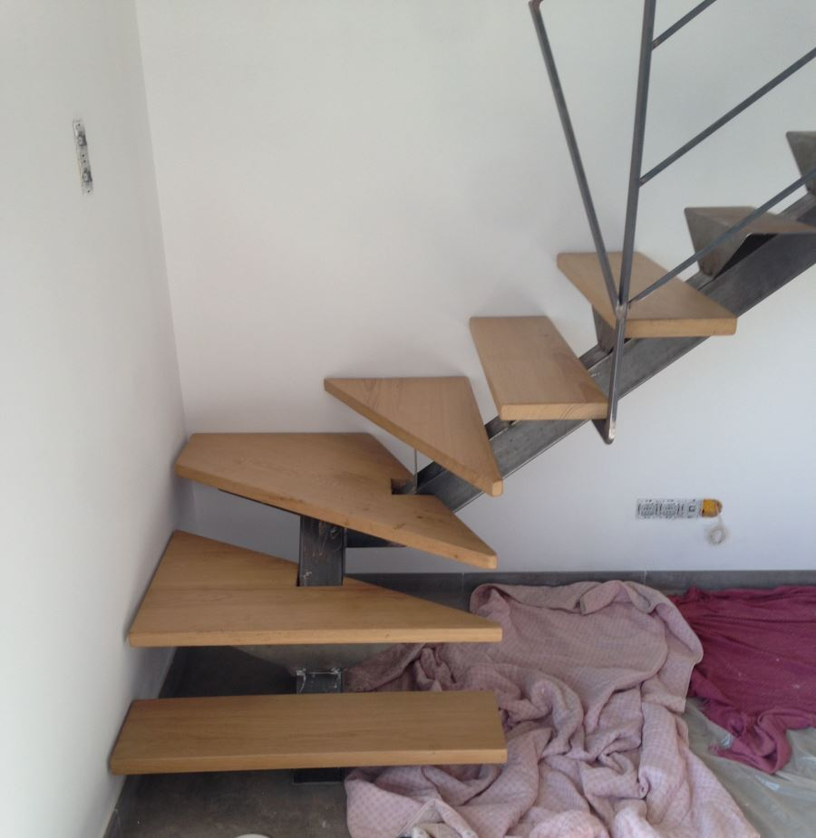 escalier-bois-metal-garde-corps-2-fer-forgé-ferronnerie-durand-hyères-var