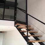 escalier metal et bois ferronnerie durand à Hyères Var